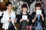 120525-exo-at-hottracks-fansign-event-18