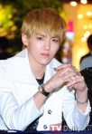 120525-exo-at-hottracks-fansign-event-28